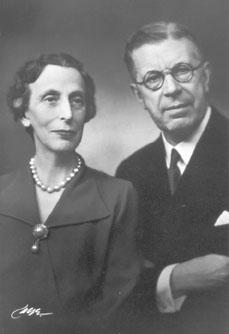 Gustav VI Adolf och Louise (Bilden är hämtad från: http://sv.wikipedia.org/wiki/Gustaf_VI_Adolf)
