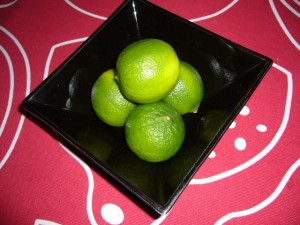 Lime i en skål
